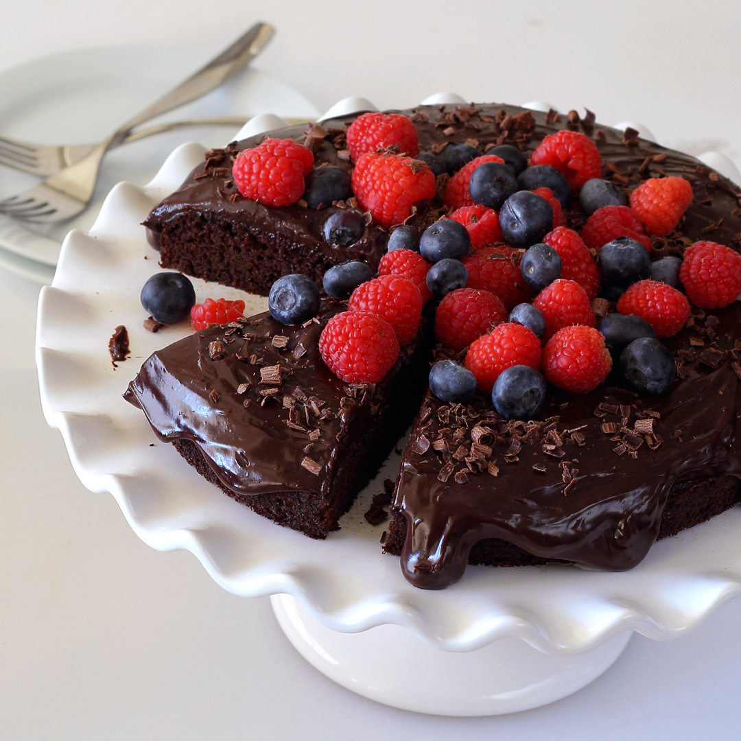 easy paleo-friendly chocolate cake photo - square