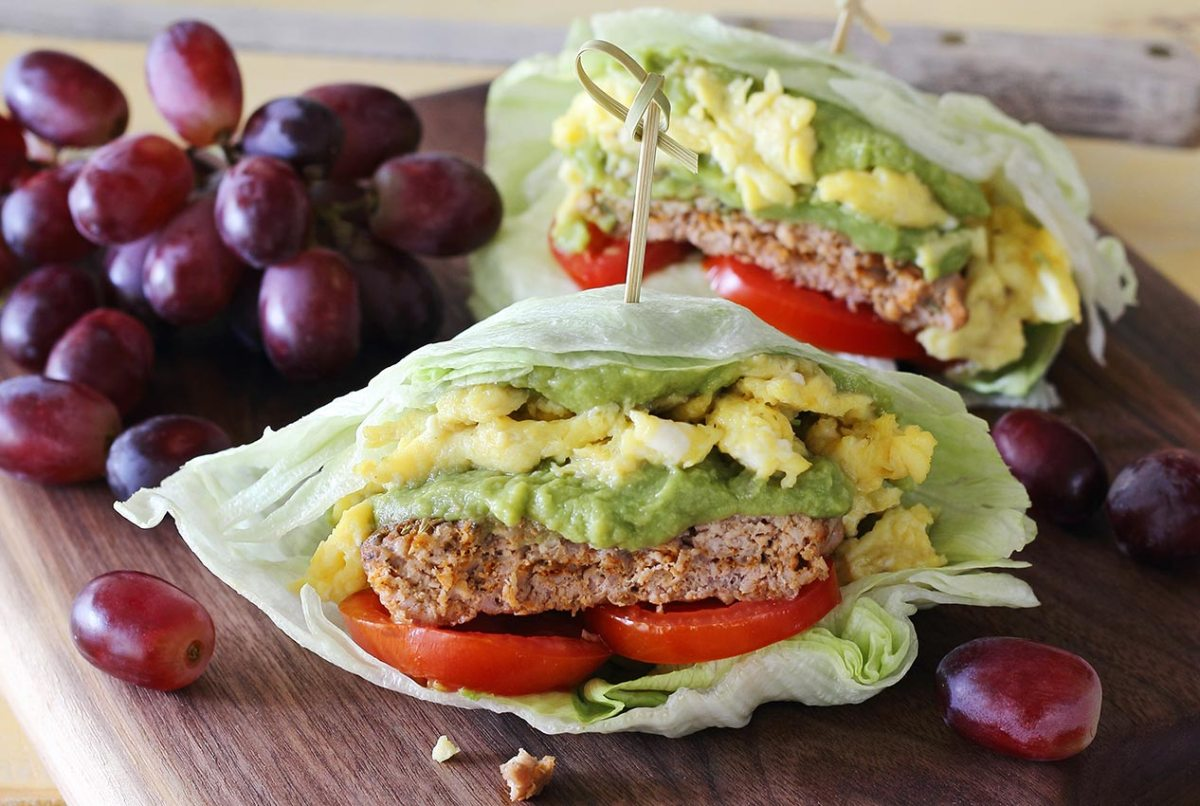 easy paleo recipe for a breakfast sausage and egg wrap