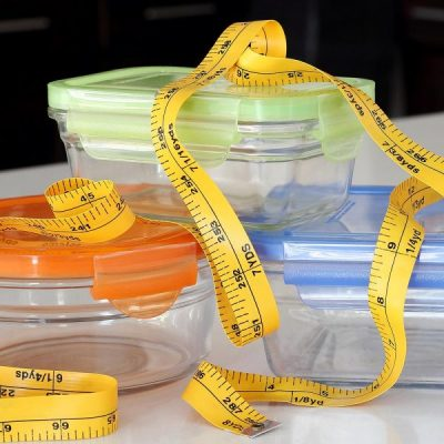 meal prep containers with tape measure