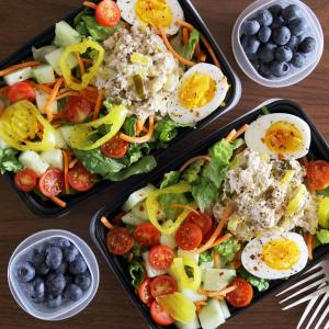 2 meal preps of tuna fish
