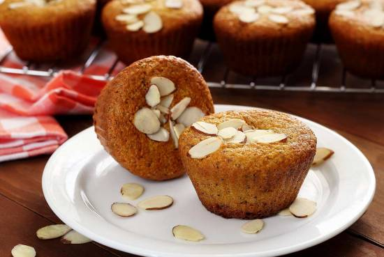 paleo almond poppy seed muffins