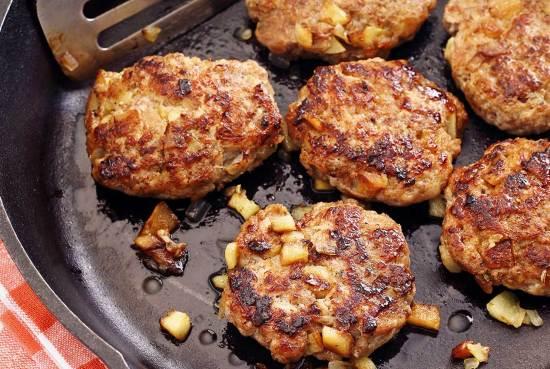 pork and apple paleo breakfast sausages