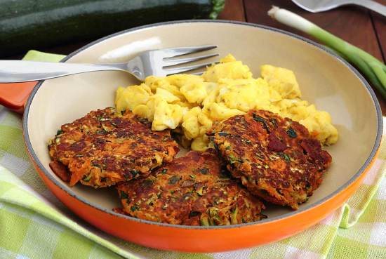 simple paleo recipe for fried breakfast fritters