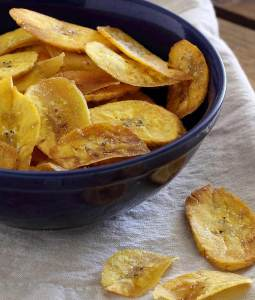 simple recipe for paleo and gluten-free plantain chips