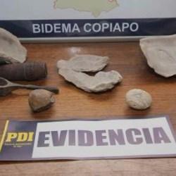On the News | Chile | Recuperan fósiles y artículos de guerra de la revolución de 1891 robados por guaqueros desde la formación Bahía Inglesa @ El Quehay decierto