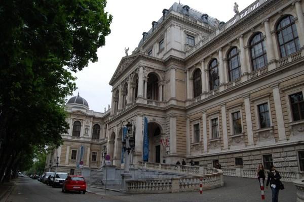 Job | University of Vienna | University Assistant (prae doc) Department of Palaeontology