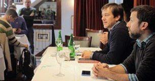 Mariano Recalde, candidato a legislador porteño, se reunió con los medios vecinales