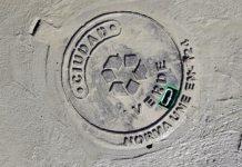 Tapas para sumideros y bocas de registro hechas con plástico reciclado