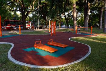 Plaza República de Serbia Juegos