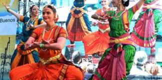 """""""Colores de la India"""" en el Parque Centenario el domingo 26 de mayo de 2019"""