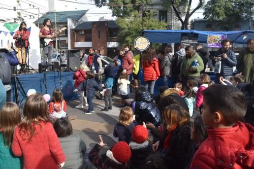 Brilla Crespo Sustentable llevó calor al barrio