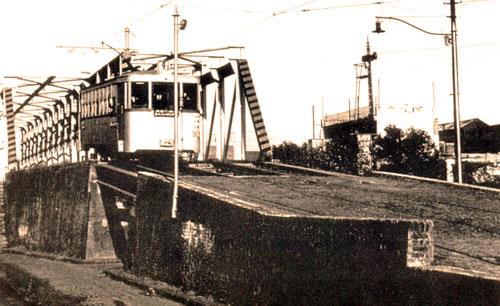 Puente Ciudad de la Paz construido por el Tramway Lacroze