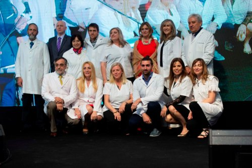 Josefina González Guerrico y profesionales del Hospital Manuel Rocca