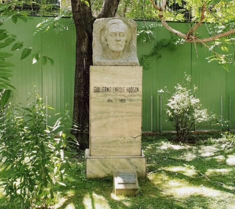 Ecoparque - Monumento a Guillermo Hudson