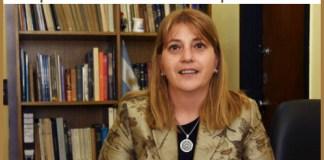 """Agente Civil Museóloga Analía Mabel Martin. """"La Armada Argentina me brindó la oportunidad de crecer en mi profesión"""""""