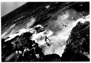Ernesto Bazan Boys jumping off the Maleco Havana 1996