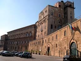 palazzo-dei-normanni-1