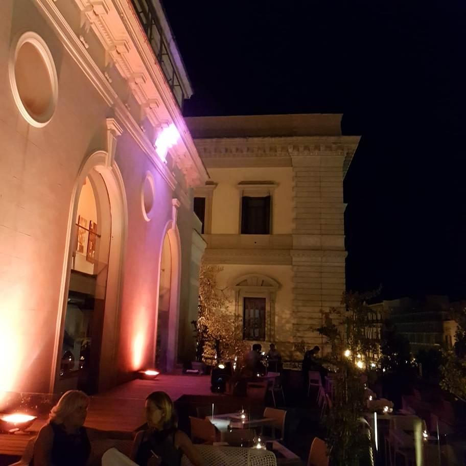 享受时光terrazza Excelsior Martini Palermo World