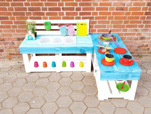 Matschküche-Kinderküche-aus-Paletten-Holz-MMP-Türkis