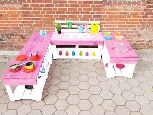 Matschküche-Kinderküche-aus-Paletten-Holz-XLMP-bunt-rosa