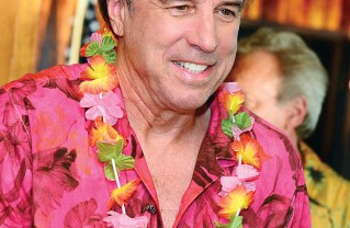 Honorary Mayor Kevin Nealon. Photo courtesy Pacific Palisades Chamber of Commerce