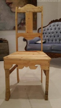 Traditional Pallet Dinner Table With Chairs | Pallet ...