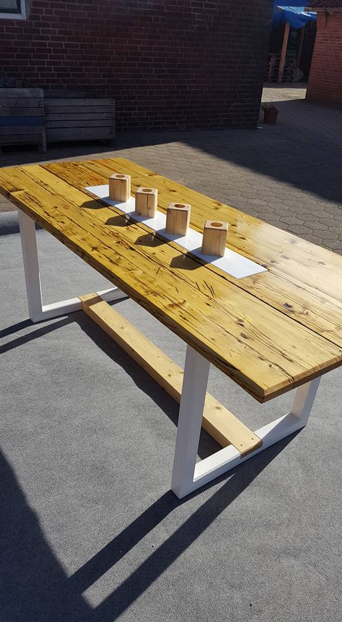 high top table and chairs patio rocking chair styles antique recycled wooden pallet | furniture projects.