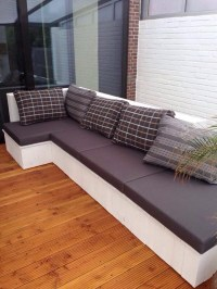 DIY Wood Pallet Cushioned Couch | Pallet Furniture Projects.