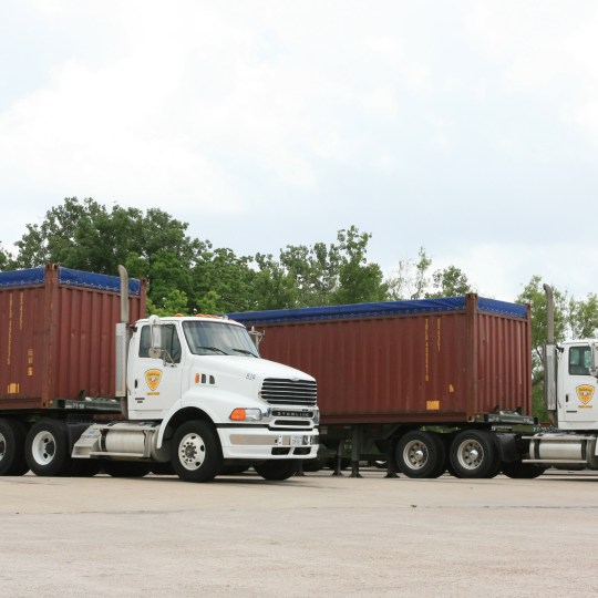 https://i0.wp.com/www.palletizedtrucking.com/wp-content/uploads/2015/09/texas-trucking-intermodal.jpg?resize=540%2C540