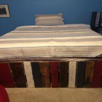 Queen Size Pallets Made Bed - My Decor - Home Decor Ideas