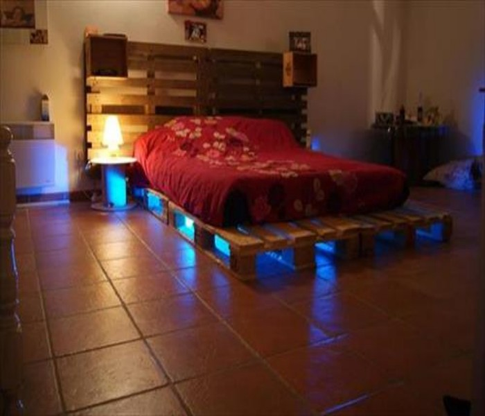 Pallets Powered Room Ideas Pallet Ideas