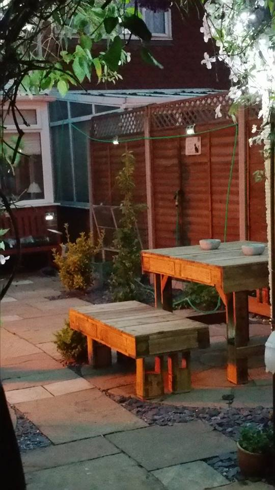 Recycled Corner Bench Table And Pallet Bar Pallet Ideas