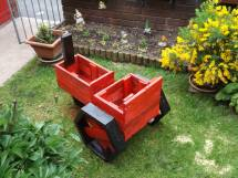 Pallets Planter Tractor Pallet Ideas