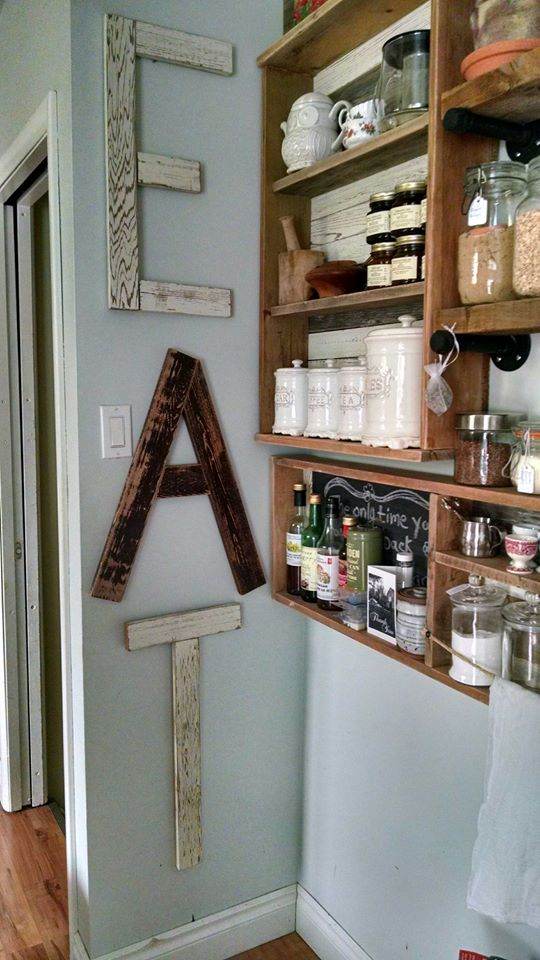 Pallets Kitchen Wall Shelves And Chalkboard Pallet Ideas