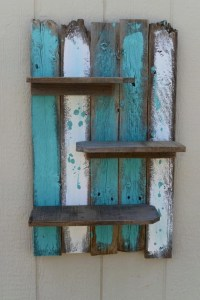 Simple Rustic Pallet Wall Shelf | Pallet Ideas: Recycled ...