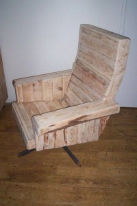 Furniture Ideas with Shipping Pallets | Pallet Ideas ...