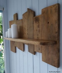 Upcycled Pallet Wood Shelf Ideas