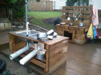 Recycled Pallet Wood Outdoor Kitchen | Pallet Wood Projects