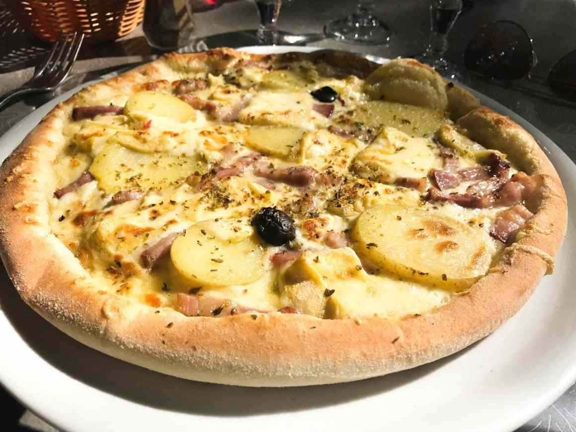 Pizza in the Southern Rhône Valley