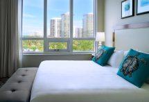 2 Bedroom Luxury Suite 1 King