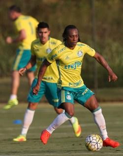 Cesar Greco/Ag.Palmeiras/Divulgação_Elenco palmeirense iniciou trabalhos em Atibaia-SP nesta quinta (15)