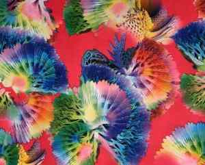 Ткань суперсфот цветы на фоне фуксии купить оптом недорого