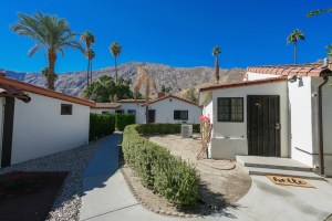 """Palm Springs Cottage Rentals """