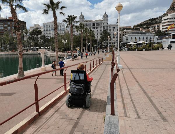 Esteetön Alicante