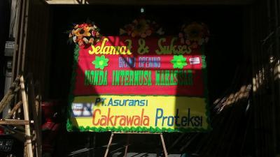 Alicia Florist Pusat Karangan Bunga di Makassar (4)