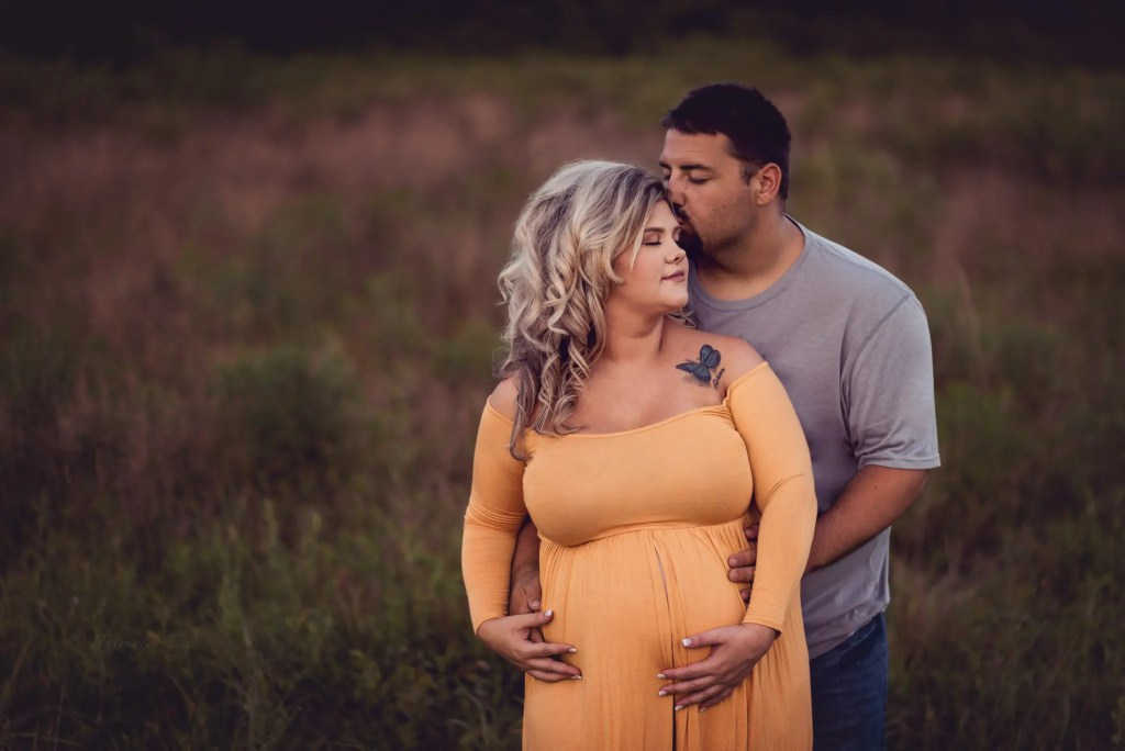 Portsmouth Oh Maternity Photographer
