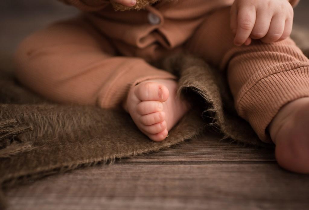 baby milestone detail photos