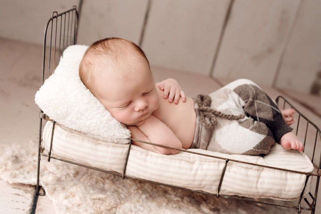 Eastern Kentucky Newborn Photographer