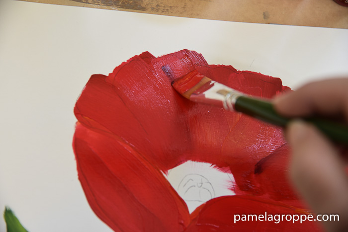 Add darker lines to show petal details. How to Paint a large Red Poppy