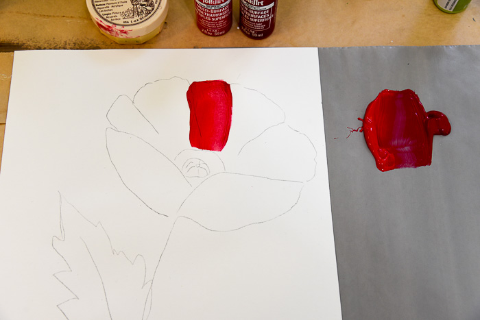 outline of red poppy painting